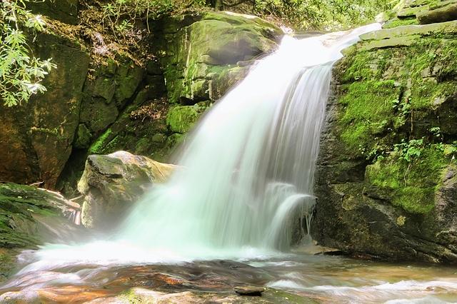 Helen Georgia, Blue Ridge Mountains, Twin Falls Cabin, Chattahoochee River, apline village, Anna-Ruby Falls, Helton Creek Falls, Raven Cliff Falls