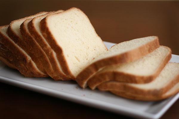 sweet-white-bread-homemade