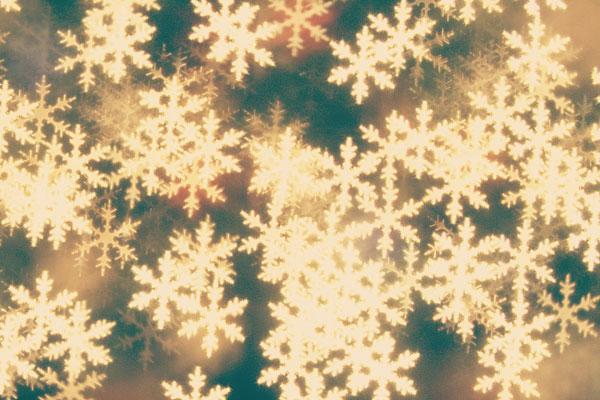 custom-bokeh-snowflakes