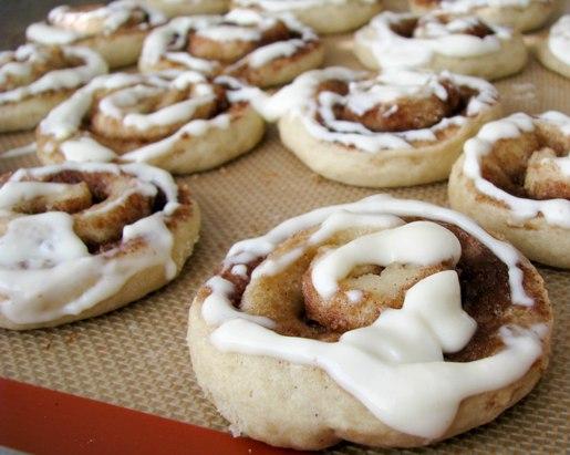 cinnamon-bun-sugar-cookies