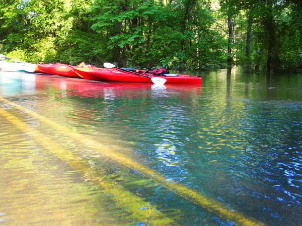 kayaking paint rock river float