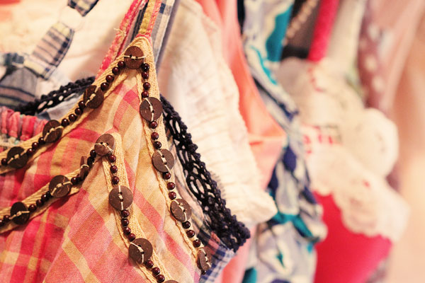 spring scarves and tank tops-07