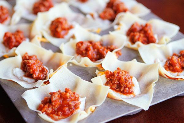 Lasagna Cupcakes — A Delicious Simple Lasagna Recipe!