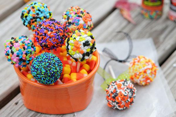 Halloween Cookie Dough Pops Tutorial