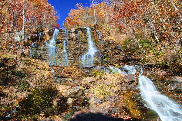 Blue Ridge, Georgia Fall Weekend Getaway. Hiking, Cabins & Waterfalls.