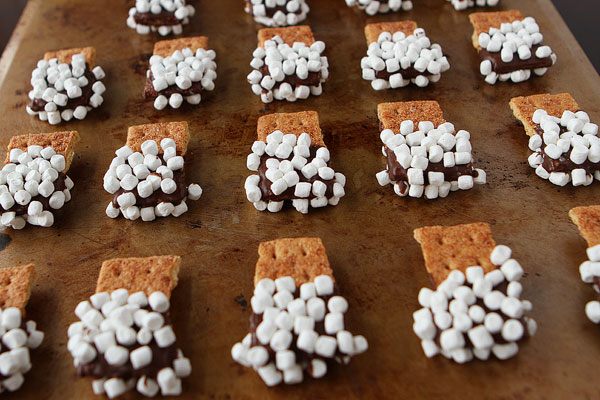 Image of S'mores Mini Dips