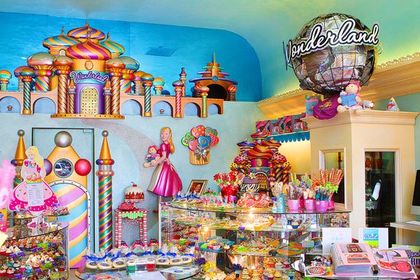Wonderland Bakery, Newport Beach, California