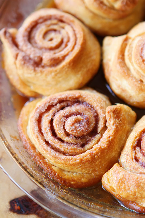 How To Make Cinnamon Rolls with Crescent Rolls + Homemade Cinnamon Roll Icing — The Best Cinnamon Roll Recipe