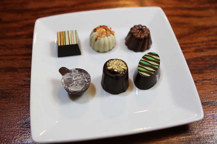 Coastal Mist Chocolate Boutique | Bandon, Oregon. This is a must stop on the Oregon Coast! Famous for their ultra decadent sipping chocolates & sipping caramels.