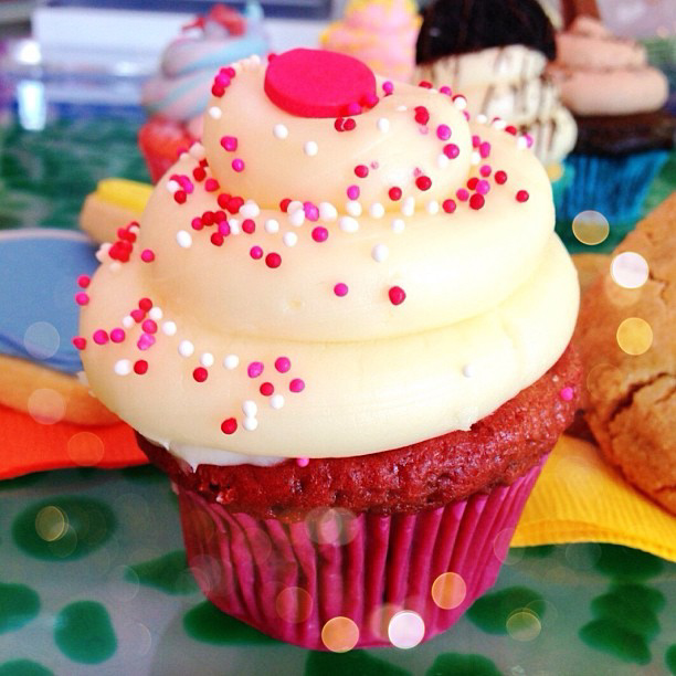 The perfect girls week in California. Cupcakes, Ice cream, and doughnuts!