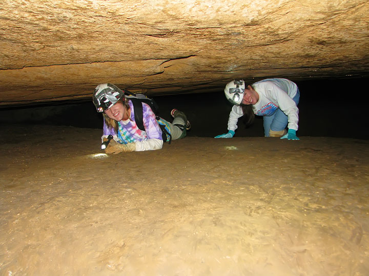 Exploring the Tunnels at Limrock Blowing Cave! 09