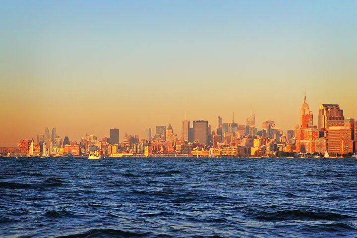 New-York-Media-Boat-Adventure-Sightseeing-Tour-34b
