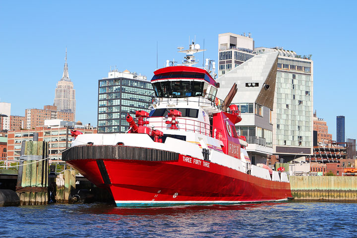 New-York-Media-Boat-Adventure-Sightseeing-Tour-4