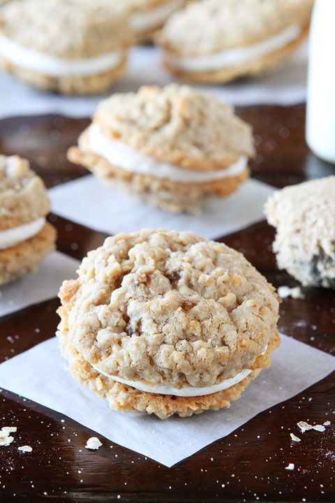 Homemade Oatmeal Buttercream Pies. These are so soft and chewy on the inside and buttery crisp on the outside. Perfect little sandwich cookies!