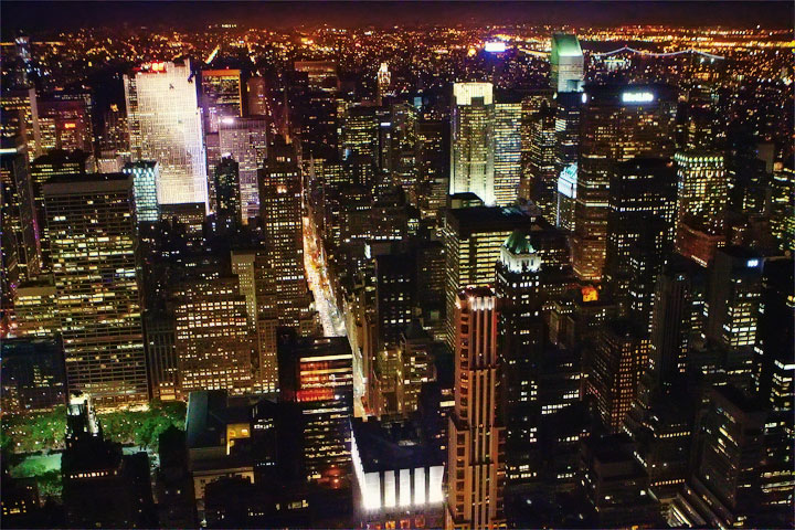 view-from-empire-state-building-at-night-5