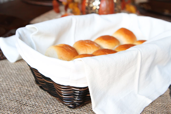 This is brilliant! A gorgeous Wicker Bread Basket with a Warming Stone to keep bread warm after it comes out of the oven. Need this for our Thanksgiving table! Great gift idea too.