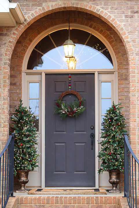 Christmas Home Tour. Decorations and Ideas for an open floor plan.