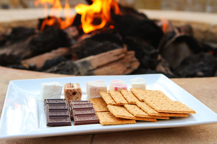 Best Aprés Ski ever at the Montage Deer Valley in Park City, Utah. Love their s'mores station with homemade marshmallows!