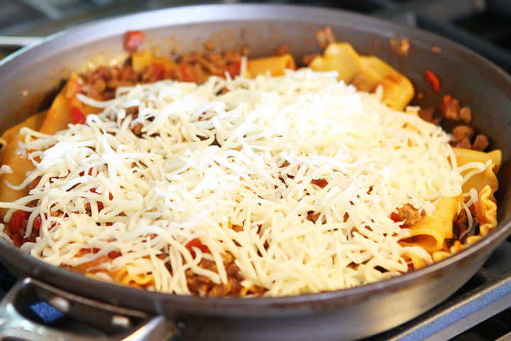 Easy Lasagna Recipe - How To Make Homemade Lasagna In Less Than 30 Minutes