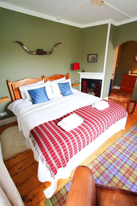 Wilmar Bed & Breakfast, Isle of Skye. Tips for Traveling to Scotland -- What to Do, See, & Eat. www.kevinandamanda.com