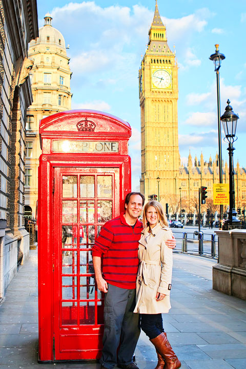 Red Phone Booth in front of Big Ben, London. Tips for Planning a London Vacation. www.kevinandamanda.com. #travel #london #england