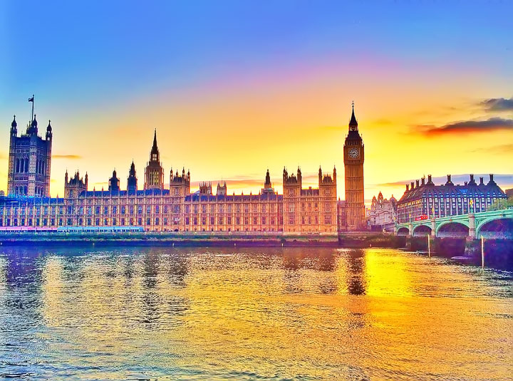 Sunset at Big Ben, London. Tips for Planning a London Vacation. www.kevinandamanda.com. #travel #london #england