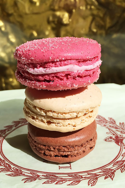 Laduree Macarons in London! Tips for Planning a London Vacation. www.kevinandamanda.com. #travel #london #england
