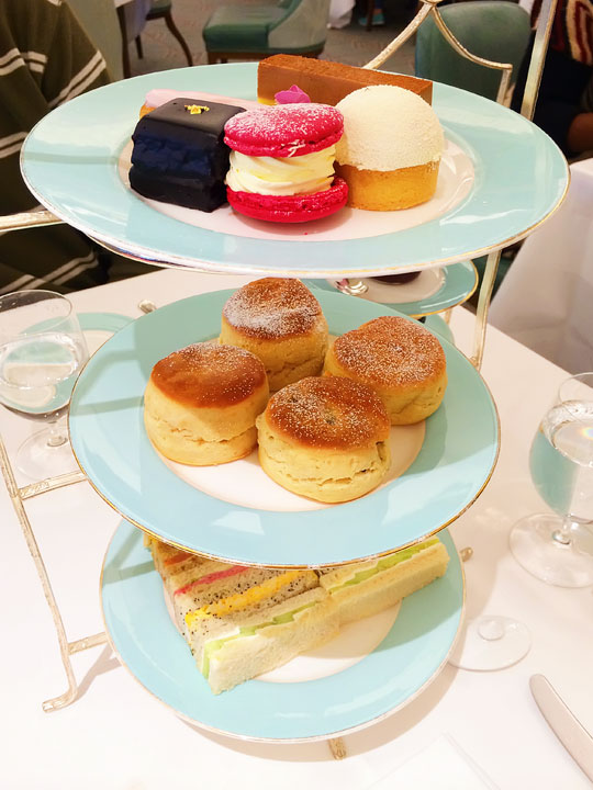 Afternoon Tea at Fortnum & Mason - Best Restaurants in London - A list of the BEST London restaurants and the best pubs in London!