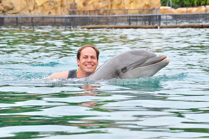 Swimming with the Dolphins at Discovery Cove in Orlando, Florida. #travel #florida #orlando