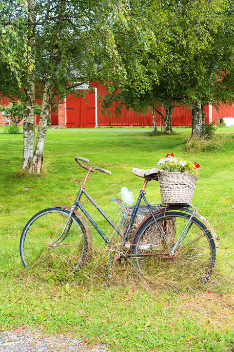 Where to stay if you're planning a trip to Sweden! Here's a review of the cutest B&Bs! #travel #sweden #welcometosweden www.kevinandamanda.com