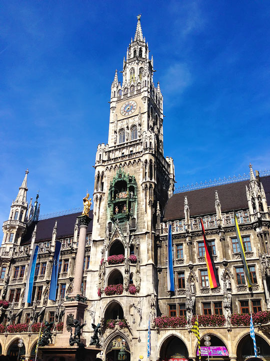 Best Tips for Traveling to Munich, Germany {Where to Eat, What to Do}