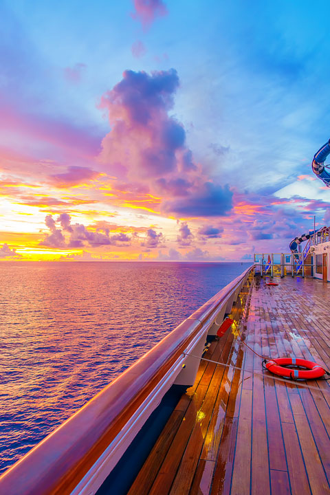 Review of the ship, ports, excursions, food, and restaurants aboard the Carnival Sunshine Caribbean Cruise.