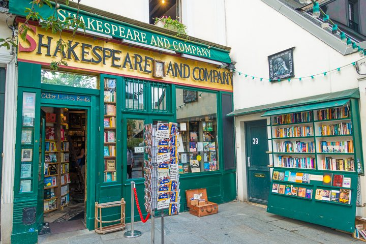 Image of a Parisian Bookstore