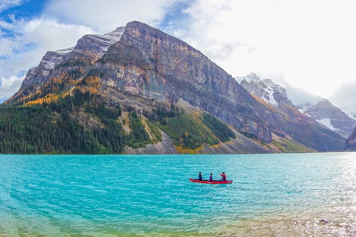 All the lakes you HAVE to see in Banff National Park near Lake Louise!
