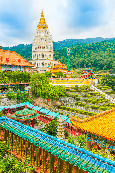 Penang Island — A Hidden Gem in Malaysia! See why this beautiful city should be on your bucket list.