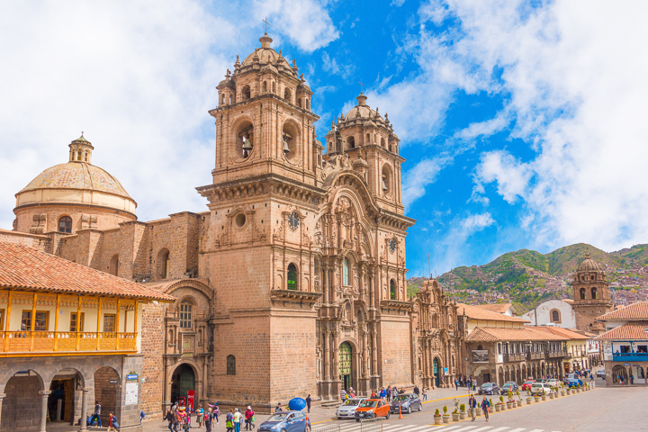 Plaza De Armas in Cusco Peru — Best Things To Do in Cusco Peru
