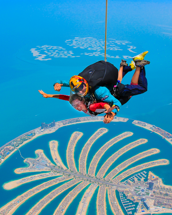 How Much Does It Cost To Go Skydiving In Dubai