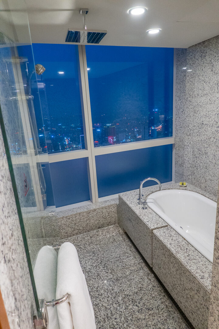 Shower with a view at Afternoon Tea at InterContinental Hanoi Landmark72