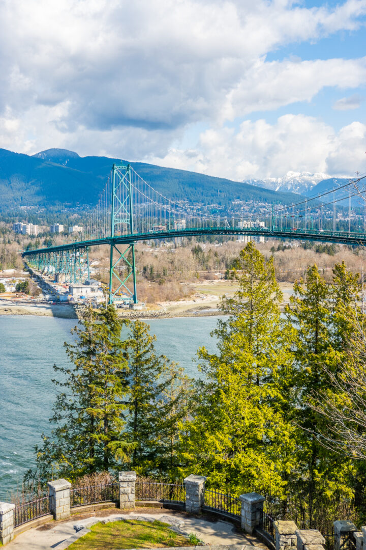 Lions gate bridge from Prospect Point