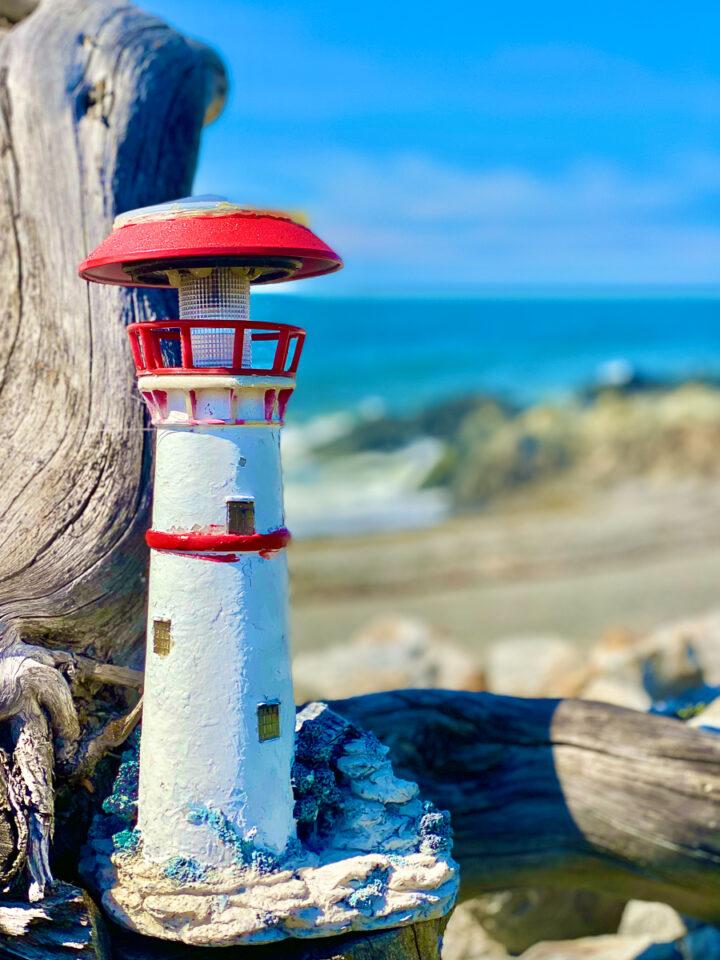 mini lighthouse on the beach in Gaspesie